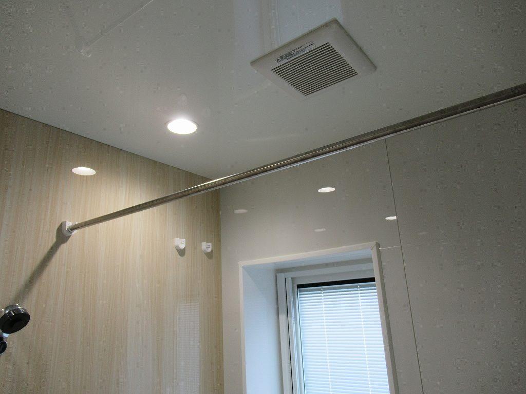 一条工務店i-smart浴室ランドリーパイプ