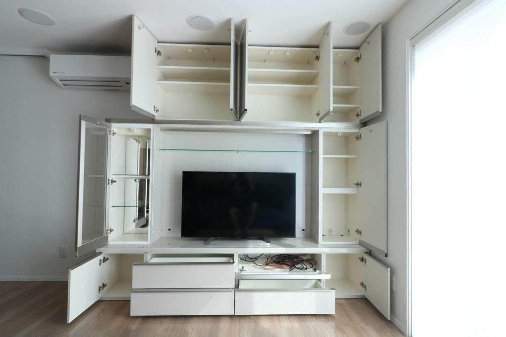 すべての扉を開いたパモウナテレビボード